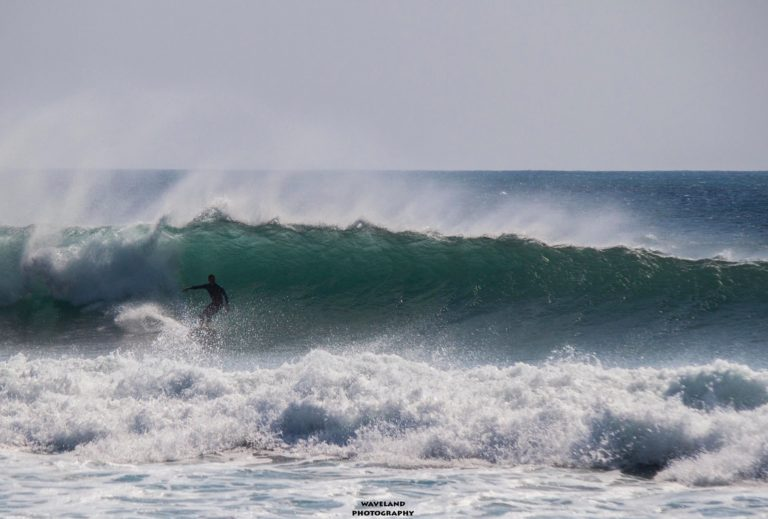Greece on fire this winter. Check the top 10 surf photo's.